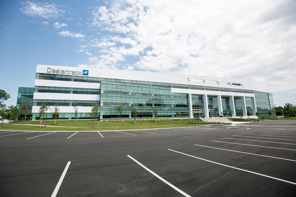 Dealertrack Cuts the Ribbon on New Headquarters